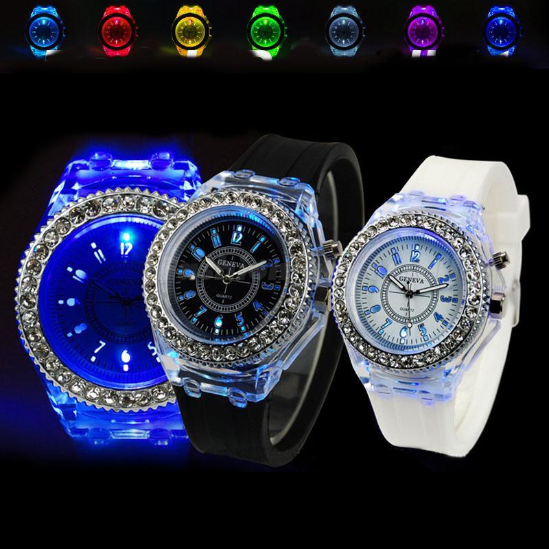 7e9f02a6b Kompletné špecifikácie · Na stiahnutie · Súvisiaci tovar (0). Luuxusné dámske  hodinky s led podsvietením